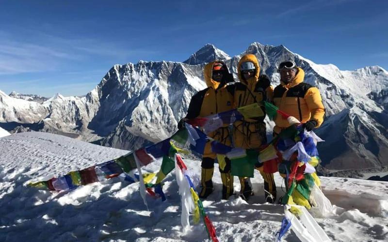 Amadablam summit5