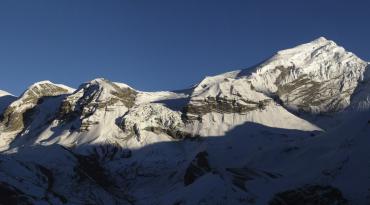 Chulu Far East Peak Climbing (6,045M) With Thorong La Pass (5,416M) 19 Days