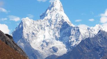 Ama Dablam Expedition And Lobuche peak(6119M) 23 days